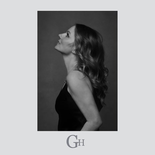 Geri Halliwell 'Angels in Chains' Single Cover